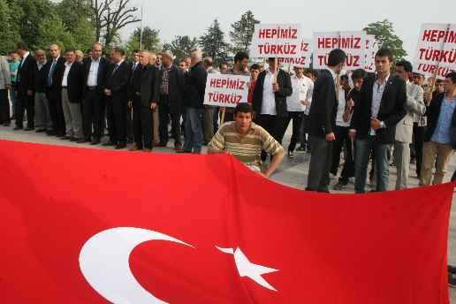 Düzce Ülkü Ocakları Türkçülük Gününü Kutladılar