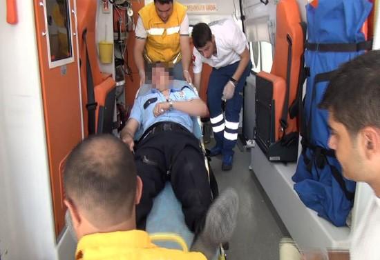 Urfa'da 5 Kişi 1 Polisi Dövdü