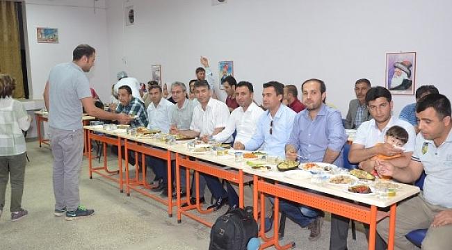 Aşçılık kursu mezunları arasında yemek yarışması