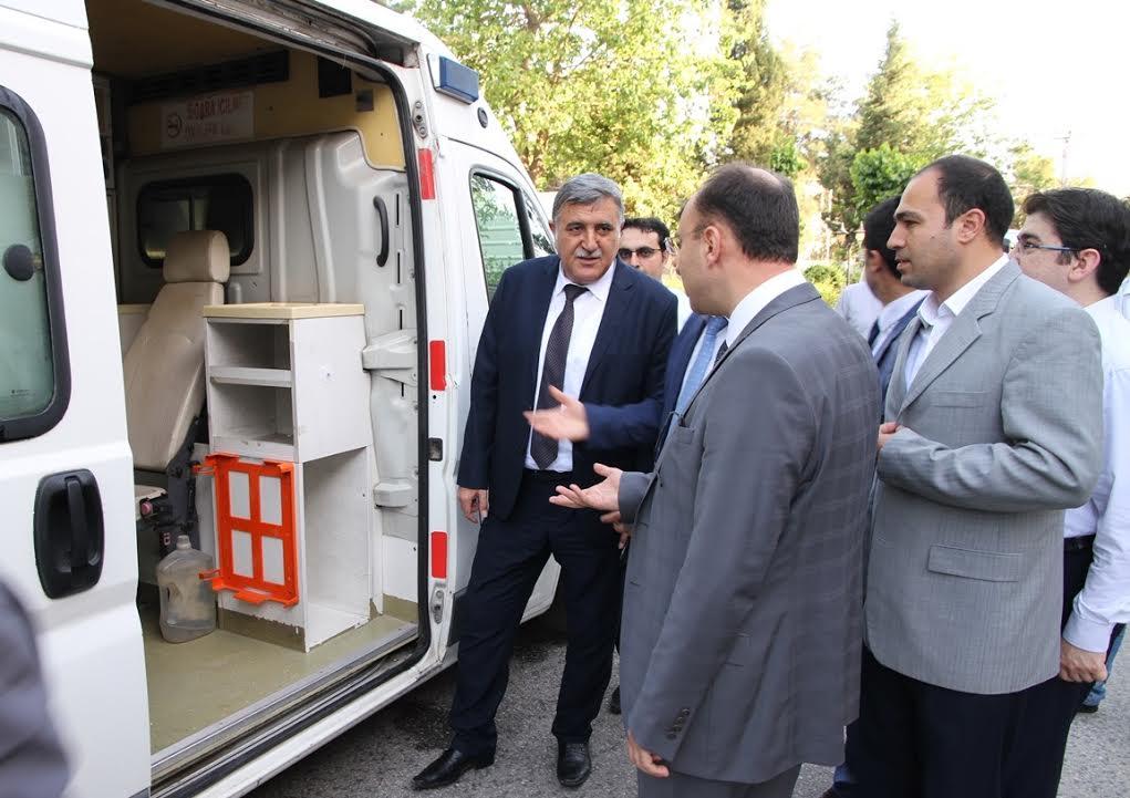 Sağlık Müdürlüğü SHMYO'ya ambulans hibe etti