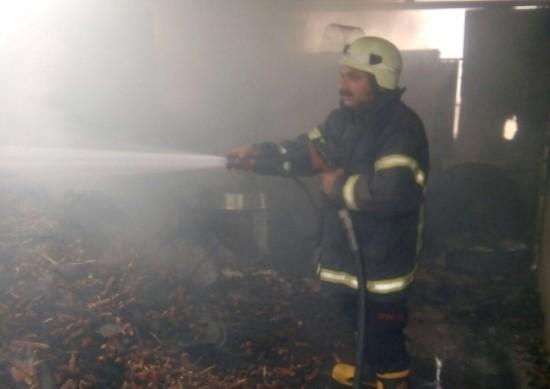 Söndürülmeyen köz yangına neden oldu