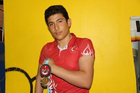 Urfalı sporcu Türkiye'yi Avrupa'da temsil edecek