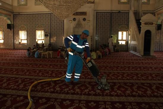 Eyyübiye Belediyesi ibadethane temizlik çalışmasını sürdürüyor