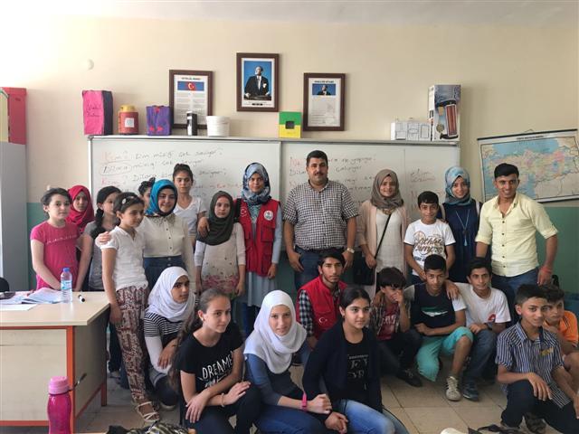 Yenişehir Gençlik merkezi Suriyeli çocukları unutmadı