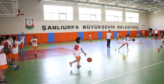 Basketbol kursuna yoğun ilgi