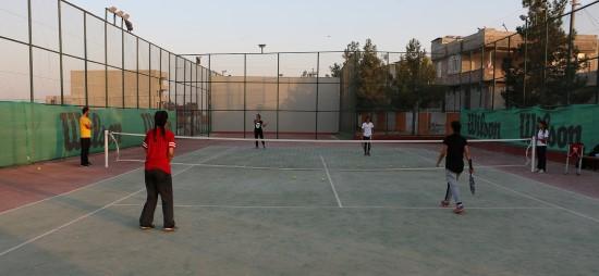 Sporcu kızlar şampiyonaya hazırlanıyor