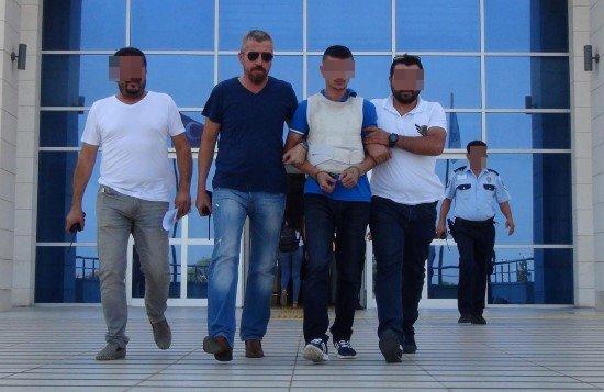 Urfalı askeri bıçakla öldüren şahıs tutuklandı
