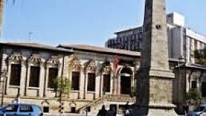 Harbi Umumi Şehitler anıtı kaderine terk edildi