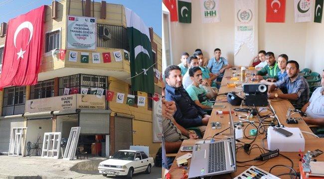İHH muhacirler için Urfa'da mesleki eğitim merkezi açtı