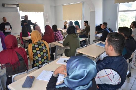 Gençlik evleri öğrencileri, üniversite hazırlıklarına devam ediyor