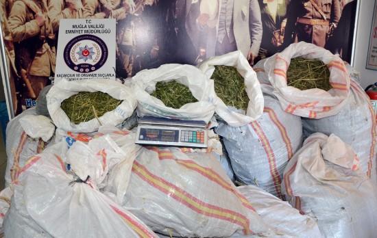 1 milyon liralık uyuşturucu nefes kesen operasyonla ele geçirildi