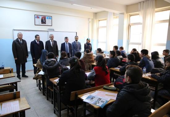 Demirkol: 7 bin 8'inci sınıf öğrencisine deneme sınavı düzenledik