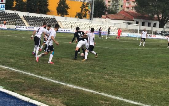 Karaköprü 3 puanı 4 golle aldı
