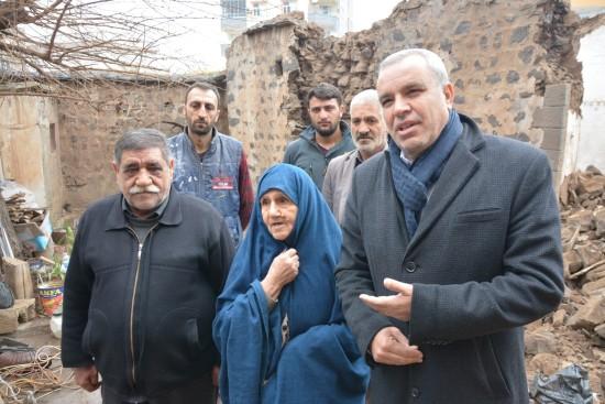 Siverek Belediyesi, Halise teyzenin evinde çalışma başlattı