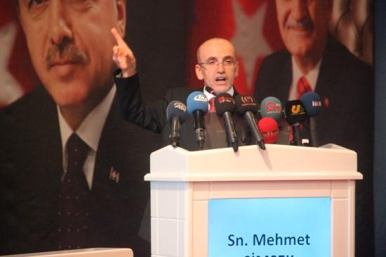 Türkiye'nin hiçbir Kürt kardeşimizle sorunu olamaz