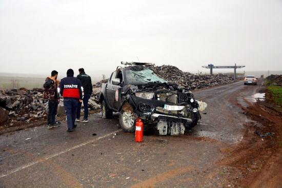 Yangına müdahaleye giden itfaiye ekibi kaza yaptı