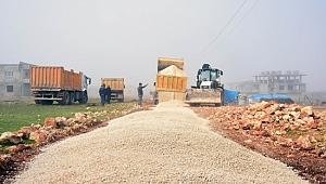 Hilvan Belediyesi'nde yol çalışmaları devam ediyor