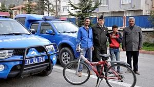 Kayıp çocuk bisikletiyle Şanlıurfa'ya giderken bulundu