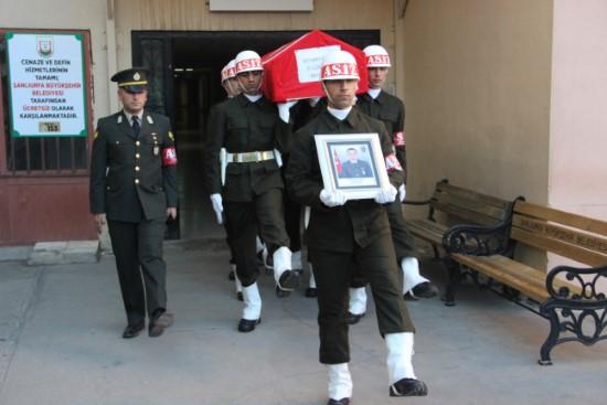 İzinden dönen uzman çavuş kazada öldü