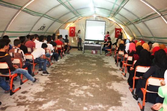 Jandarmadan Suriyeli öğrencilere trafik eğitimi