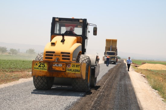Şanlıurfa'nın yol ağı Büyükşehir'le büyüyor