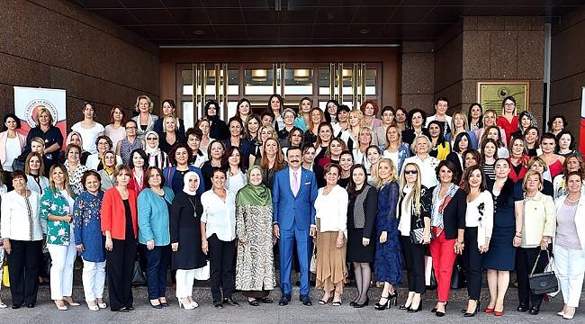Yazmacı ve Kadın girişimciler Hisarcıklıoğlu ile buluştu