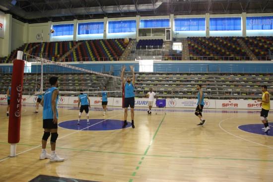 Haliliye voleybol takımında sezon öncesi hazırlıklar devam ediyor