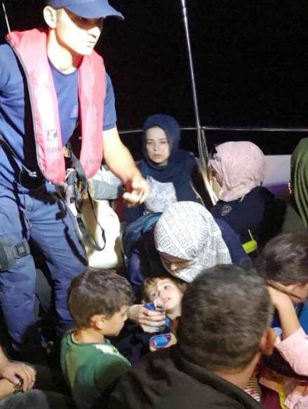 Kaçak göçmenler Şanlıurfa'ya gönderildi