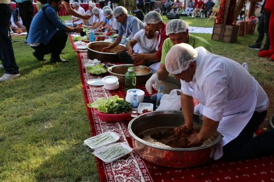Dünyanın ilk, acılı lezzet festivali