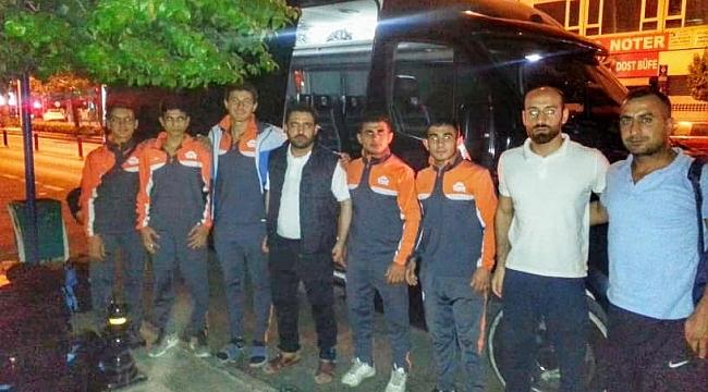 Güreş takımı Ankara'da yarışmalara gitti