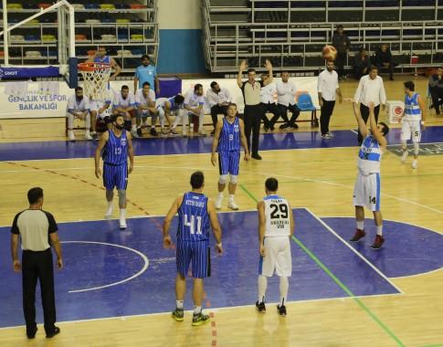 Haliliye basketbol takımı, galibiyetle başladı
