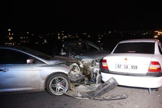 Şanlıurfa'da zincirleme trafik kazası: 3 yaralı
