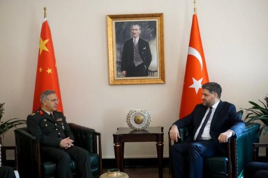 Tuğgeneral Kılınç'tan Büyükelçi Önen'e ziyaret