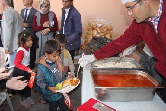 Siverek köy okulunda yemekhane açıldı