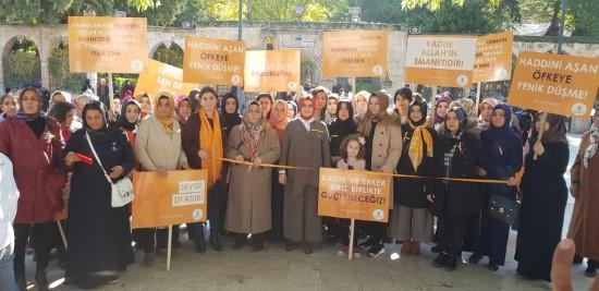 Urfalı kadınlar şiddete karşı turuncu çizgi çektiler