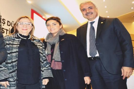 Peltek, bakan Pekcan'a Şanlıurfa'nın sorunlarını iletti