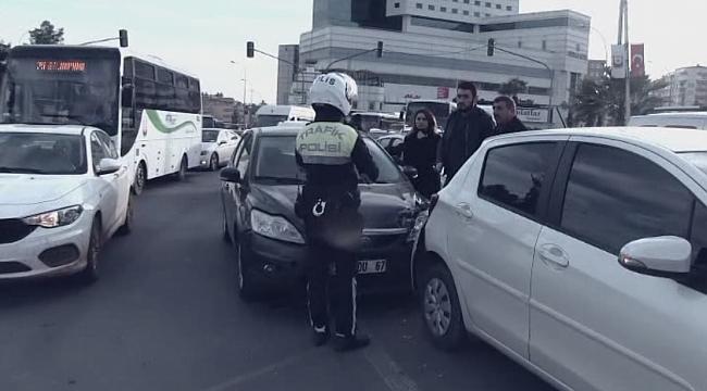 Abide'de trafik kazası