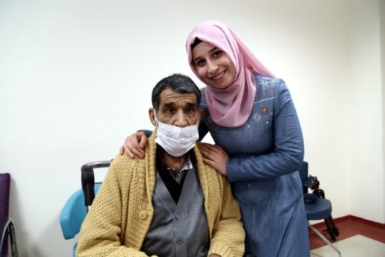 Babasına karaciğeriyle umut oldu