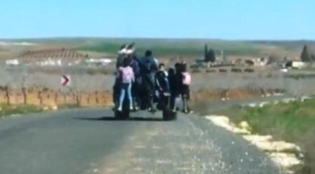 9 öğrencinin traktör üzerinde tehlikeli yolculuğu