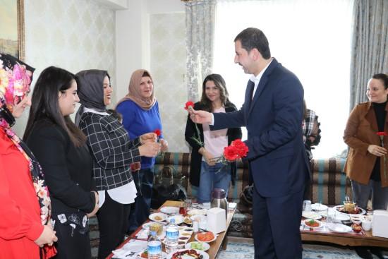 Baydilli'den kadın personele kadınlar günü jesti