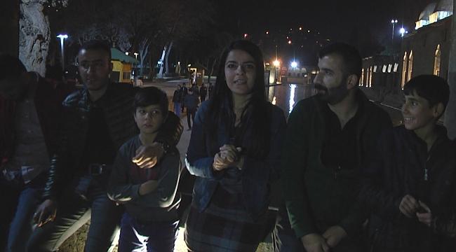 Çocuklar geceleri Balıklgöl'ü mesken tuttu (VİDEO)