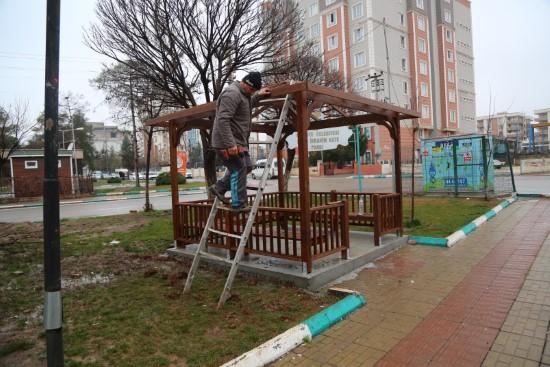 Demirkol ile parklar yaza hazırlanıyor