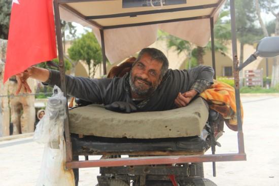 Engelli adamın tek isteği akülü bir araca sahip olmak