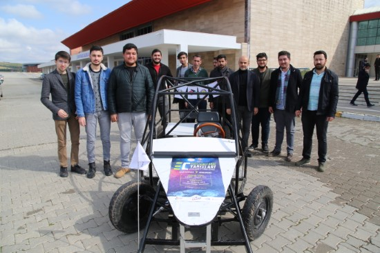 HRÜ'deki mühendis adaylarından elektrikli araç