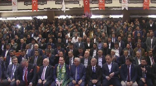 Dr.Fatih Erbakan urfa il kongresine katıldı
