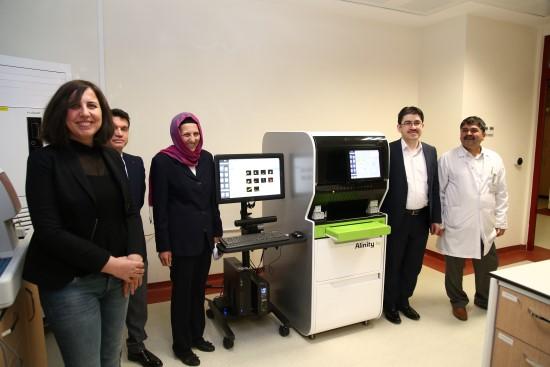 HRÜ'de tam kan hücre sayımı yapan yeni hemogram cihazı