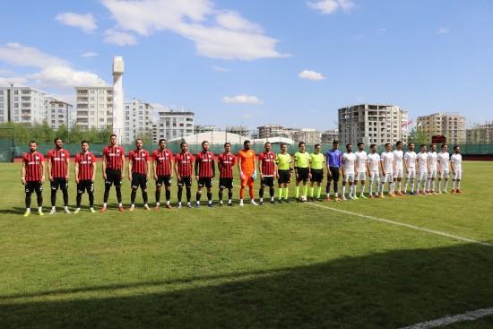 Karaköprü Belediyespor üç puanı tek golle aldı