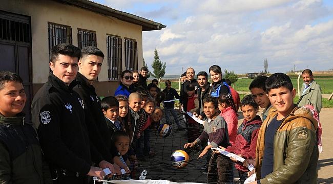 Urfa polisi çocuk ve gençler spora teşvik ediyor