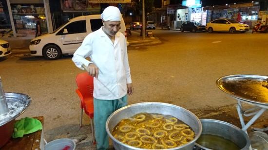 Ramazan'da halka tatlısına rağbet arttı