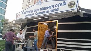 Türkmenler derneğinden öğrencilere iftar
